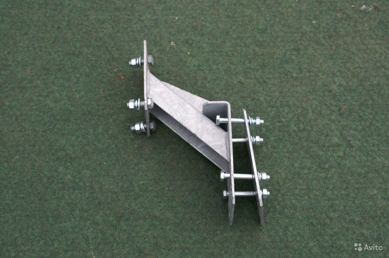 Фото крепления запасного колеса