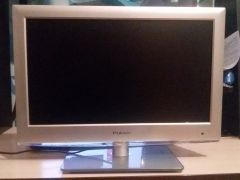 TV rolsen ЖК 19""
