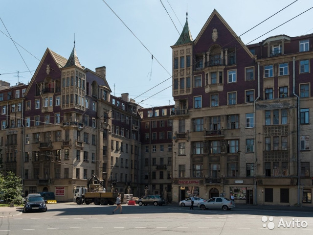 Продается многокомнатная квартира за 13 500 000 рублей. Санкт-Петербург, Старорусская улица, 5/3.