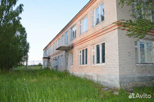 Здание 1063.8 м² с участком 35 соток купить 3