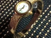 Часы кварцевые, новые, с браслетом