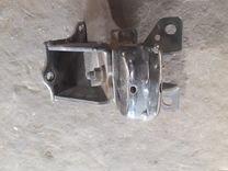 Опора двигателя 218123E252 Sorento 02-09г
