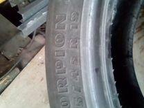 Две летние шина 235/45 R-19